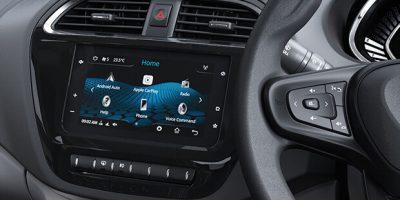 TIA-7_Touchscreen_Infotainment_by_Harman